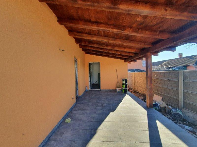 Casa individuala la cheie in Utvin - V990 8