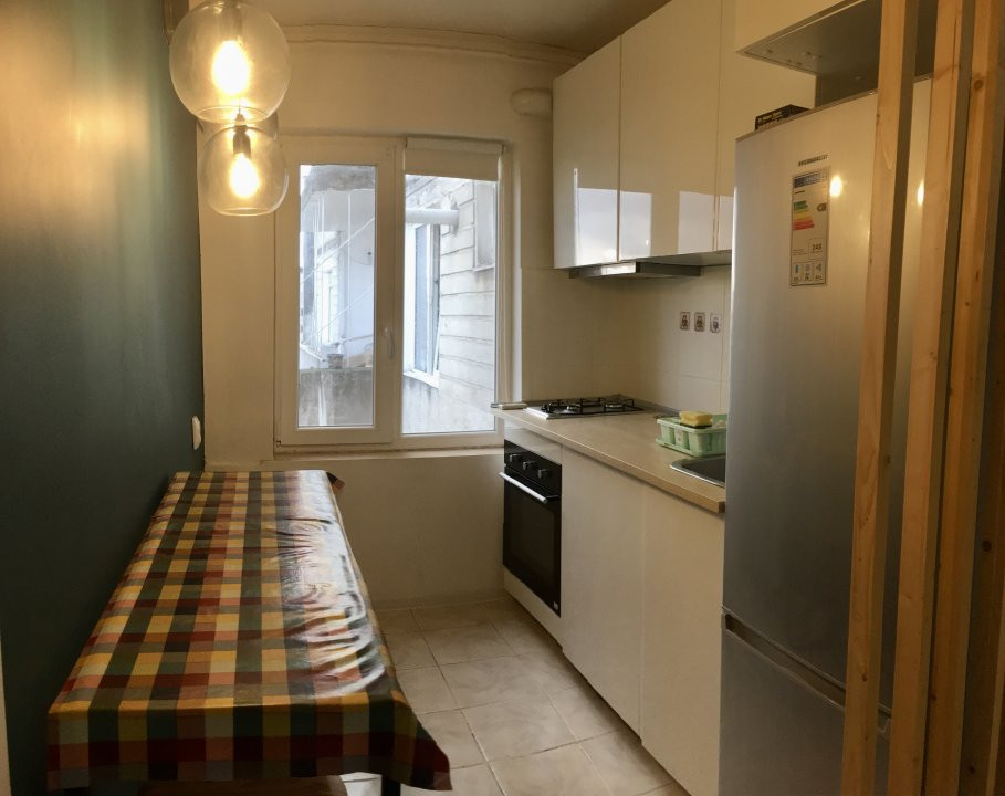 Apartament cu 1 camera, decomandat, de vanzare, zona Gheorghe Lazar. 4