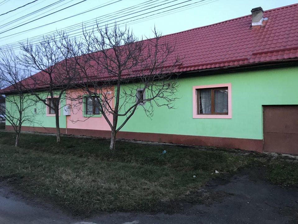 Casa individuala la cheie, cu garaj, in centrul comunei Sag 28