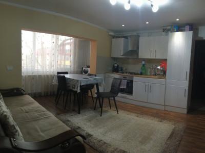 Apartament cu 2 camera, semidecomandat, de vanzare, zona Aradului.