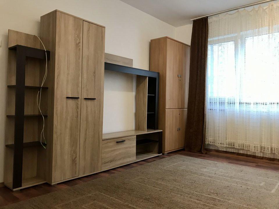 Apartament cu 2 camere, de vanzare, zona Dacia 1