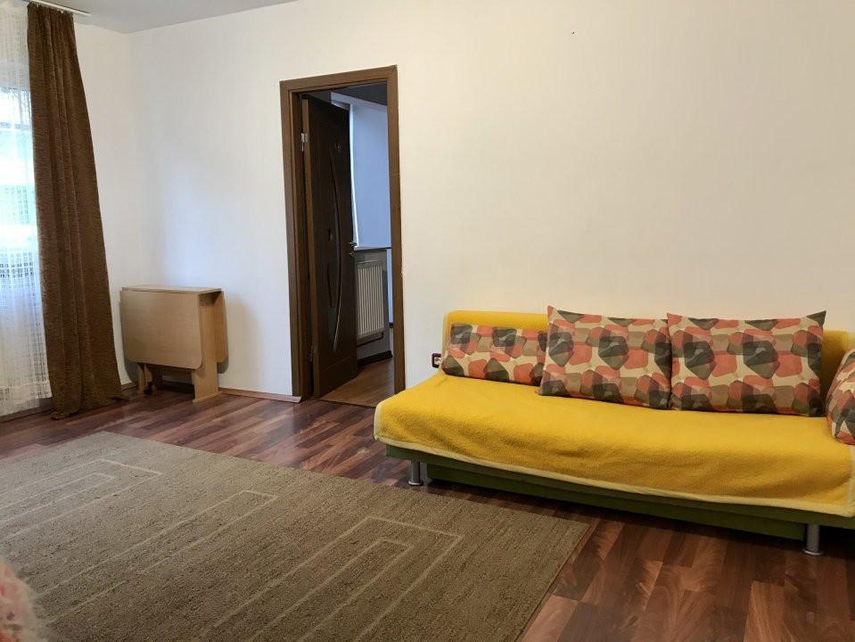 Apartament cu 2 camere, de vanzare, zona Dacia 2
