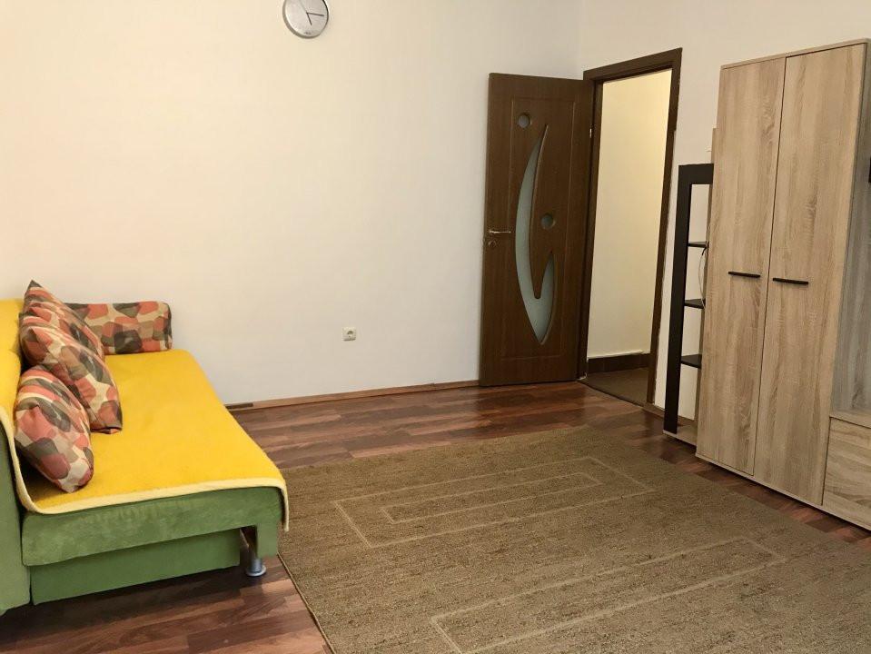 Apartament cu 2 camere, de vanzare, zona Dacia 3
