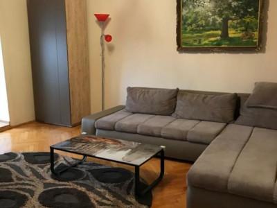Inchiriez apartament 3 camere - Timisoara zona linistita