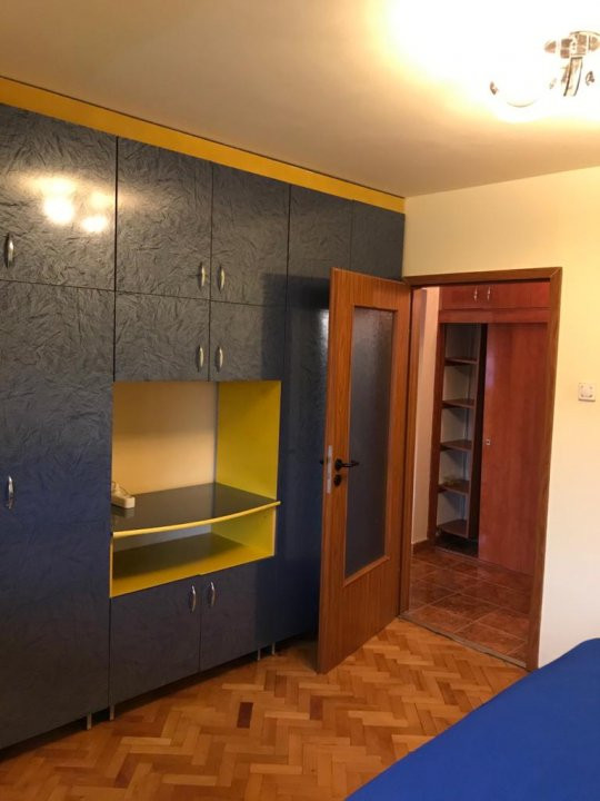 Inchiriez apartament 3 camere - Timisoara zona linistita 6