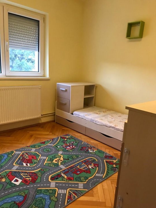 Inchiriez apartament 3 camere - Timisoara zona linistita 8