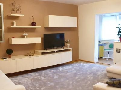 Apartament de vanzare 3 camere, confort 1 decomandat, Comision 0%, zona Sagului