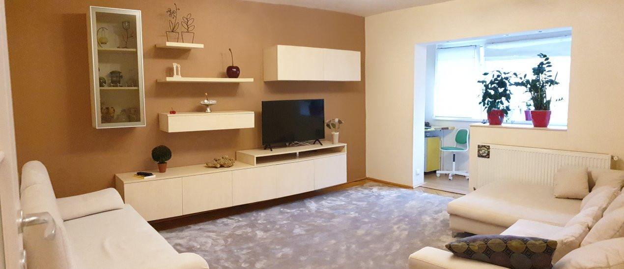 Apartament de vanzare 3 camere, confort 1 decomandat, zona Sagului 2