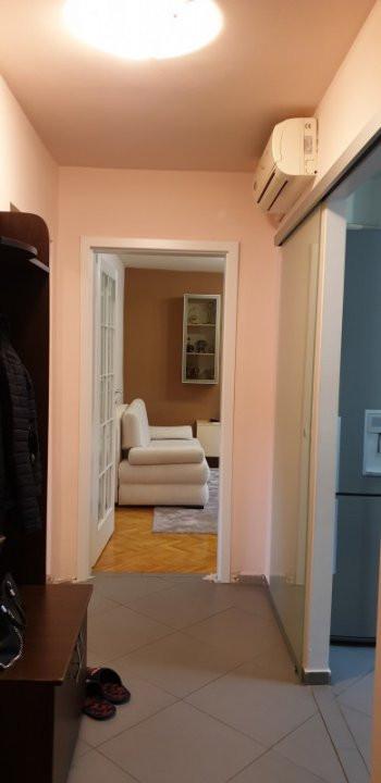 Apartament de vanzare 3 camere, confort 1 decomandat, zona Sagului 13