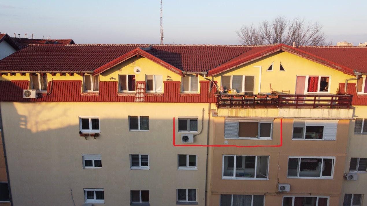 Apartament de vanzare 3 camere, confort 1 decomandat, zona Sagului 19