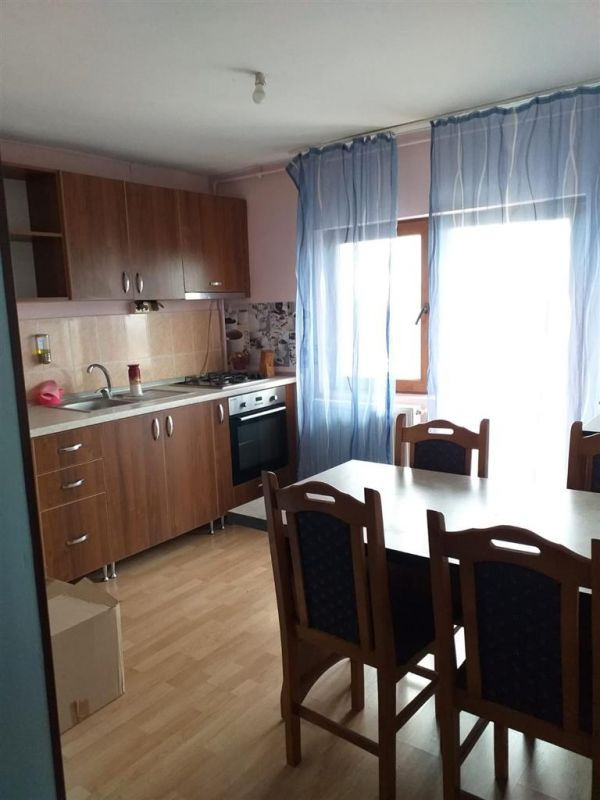 Apartament cu 1 camera de vanzare zona Fratelia - ID V131 1