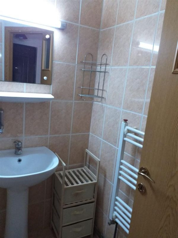 Apartament cu 1 camera de vanzare zona Fratelia - ID V131 7