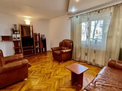 Apartament  cu trei camere   Centrala Proprie   Timisoara - COMISION 0%