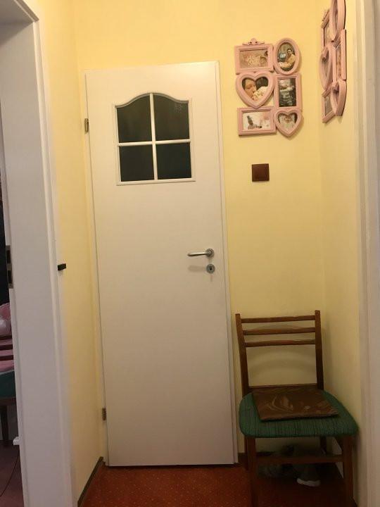 Apartament cu 3 camere spatios , de vanzare, zona Sagului 12