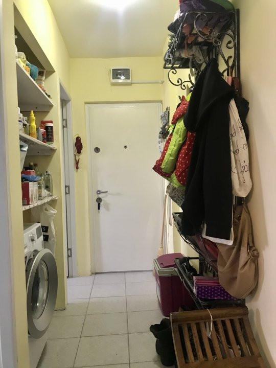 Apartament cu 3 camere spatios , de vanzare, zona Sagului 13