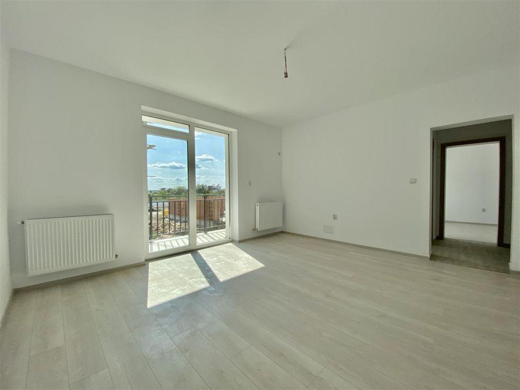 Apartament 2 camere de vanzarebalcon loc de parcare in GIROC - ID V48 7