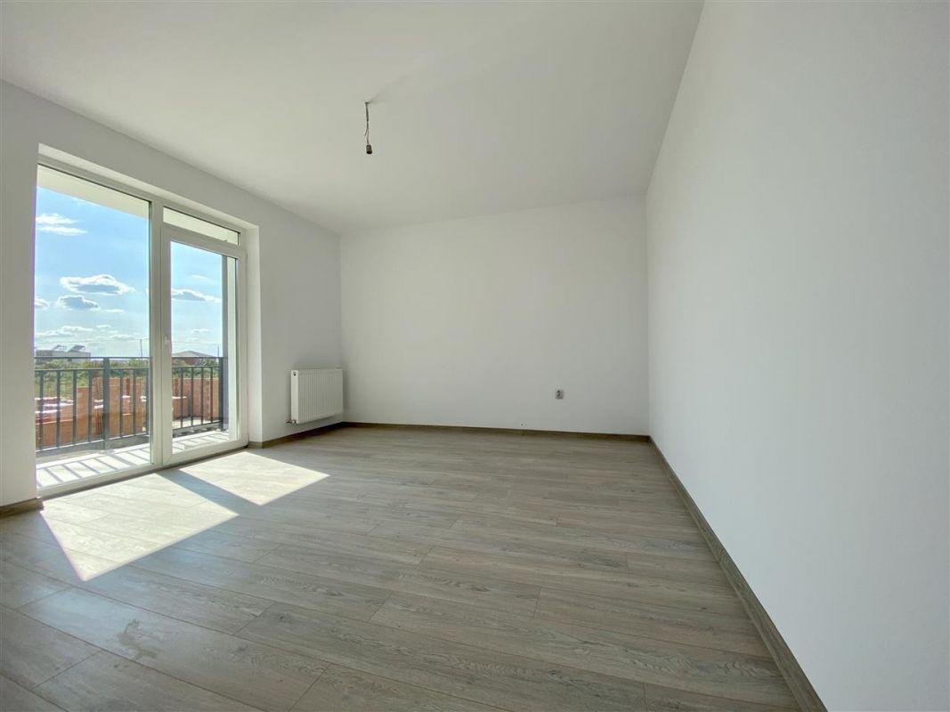 Apartament 2 camere de vanzarebalcon loc de parcare in GIROC - ID V48 14