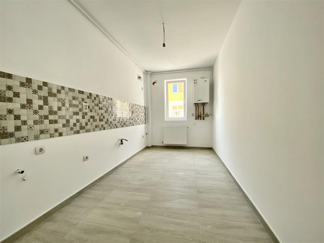 Apartament 2 camere de vanzarebalcon loc de parcare in GIROC - ID V48 26