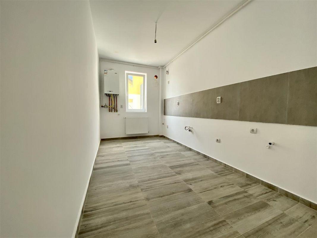 Apartament 2 camere de vanzarebalcon loc de parcare in GIROC - ID V48 27