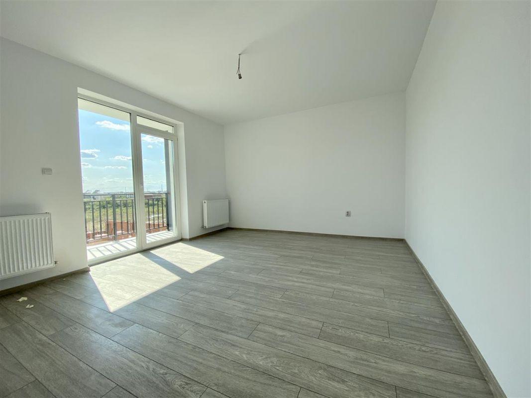 Apartament 2 camere de vanzarebalcon loc de parcare in GIROC - ID V48 29