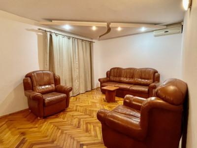 Apartament trei camere | Proaspat igienizat si renovat - COMISION 0%