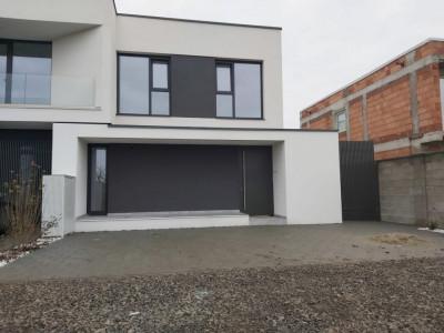 Casa tip duplex, design deosebit, Dumbravita - V1070