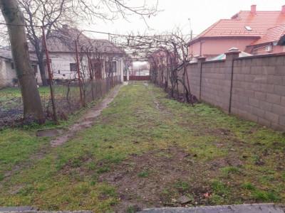 Casa cu teren mare, zona excelenta, Central - V1073