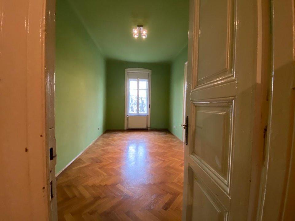 Apartament zonă centrala istorica - 3 camere - V1098 1