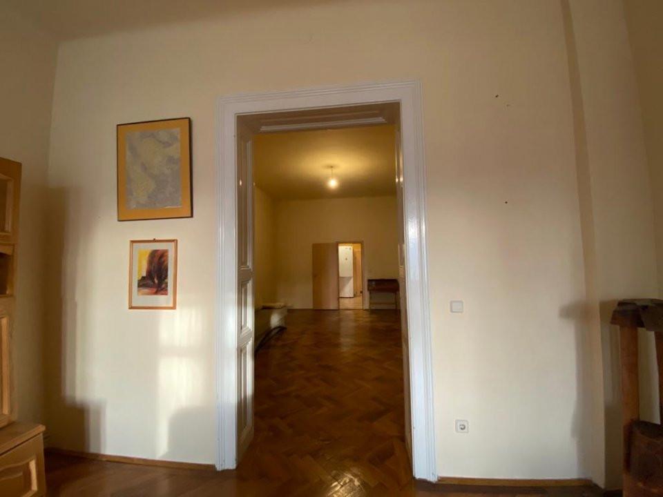 Apartament zonă centrala istorica - 3 camere - V1098 2