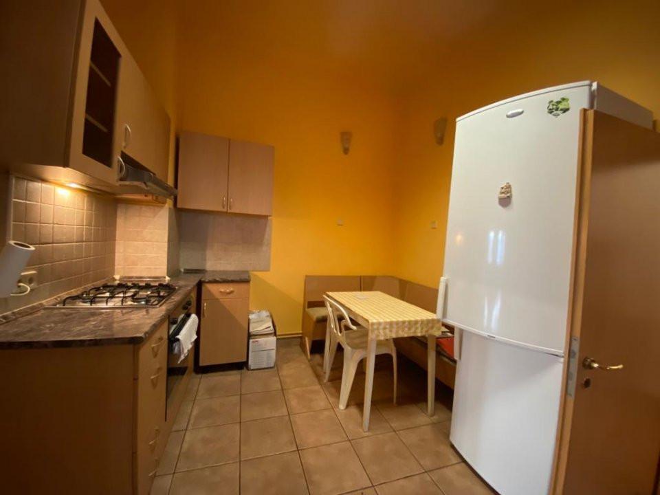 Apartament zonă centrala istorica - 3 camere - V1098 3