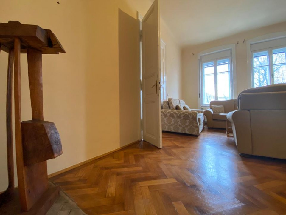 Apartament zonă centrala istorica - 3 camere - V1098 5