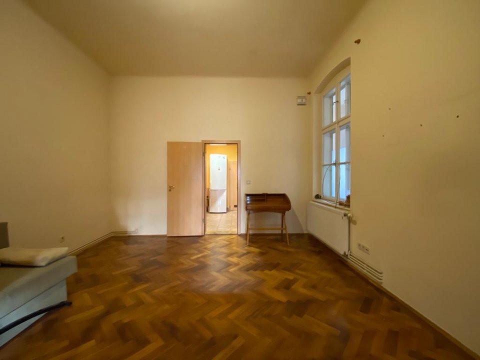 Apartament zonă centrala istorica - 3 camere - V1098 14