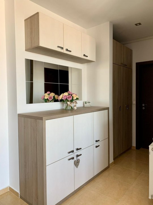 De inchiriat, apartament 2 camere, semidecomandat, Zona Aradului 7