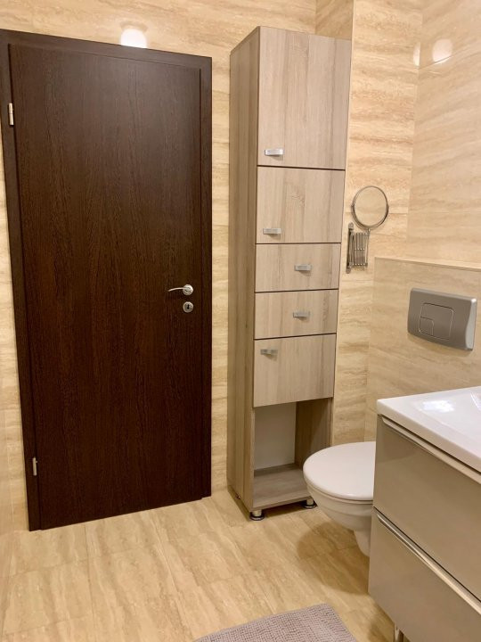 De inchiriat, apartament 2 camere, semidecomandat, Zona Aradului 9