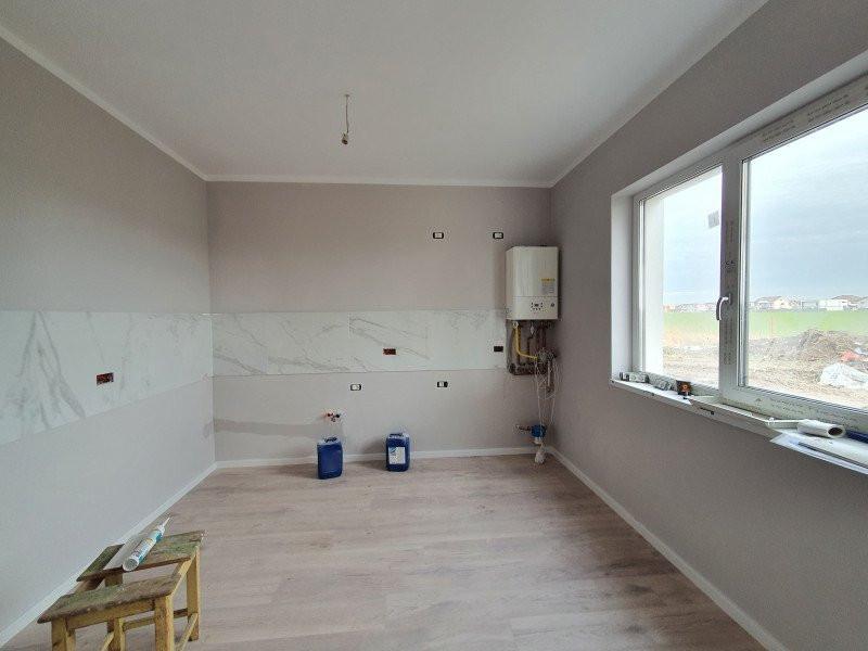 Casa cu teren generos in Dumbravita - V1157 3