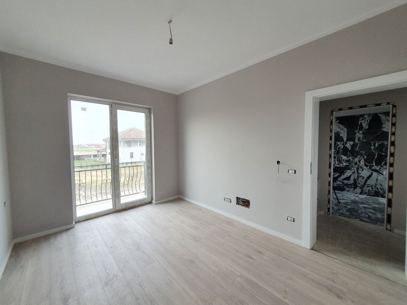 Casa cu teren generos in Dumbravita - V1157 9