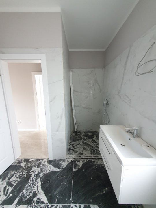 Casa cu teren generos in Dumbravita - V1157 11