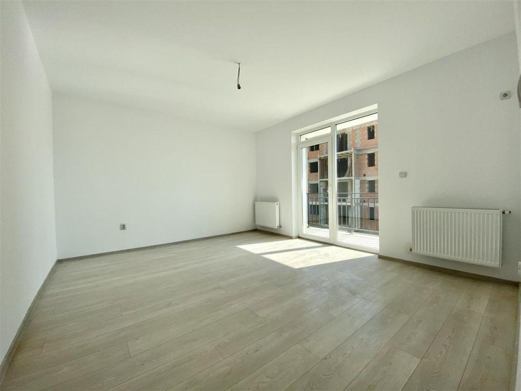2 camere de vanzare + balcon in GIROC - ID V58 2