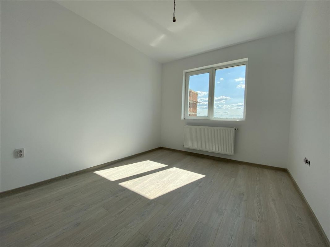 2 camere de vanzare + balcon in GIROC- ID V59 18