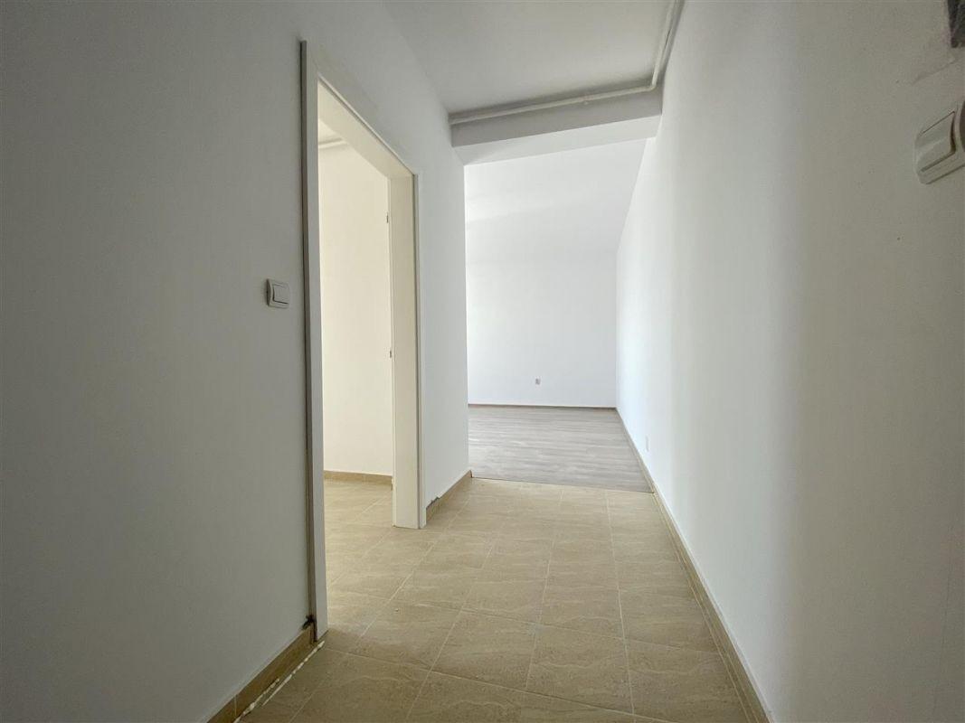 2 camere de vanzare + balcon in GIROC- ID V59 23