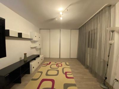 Apartament cu 2 camere, decomandat, situat la mansarda, in Calea Aradului- V1188