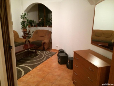 Apartament cu 3 camere de vanzare, in zona Girocului!