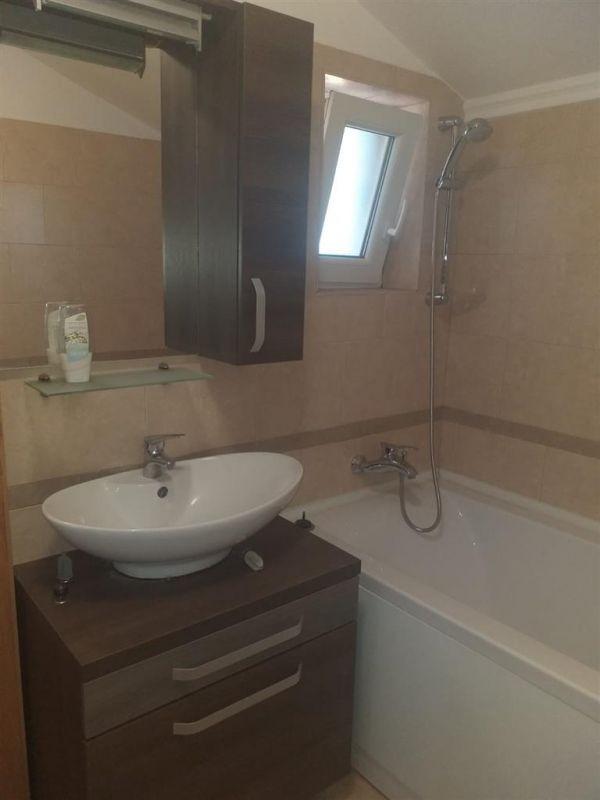 Apartament 2 camere + 2 balcoane de vanzare in GIROC- ID V85 8