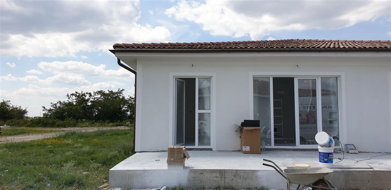 Casa tip duplex 4 camere Mosnita Noua - ID V337 4
