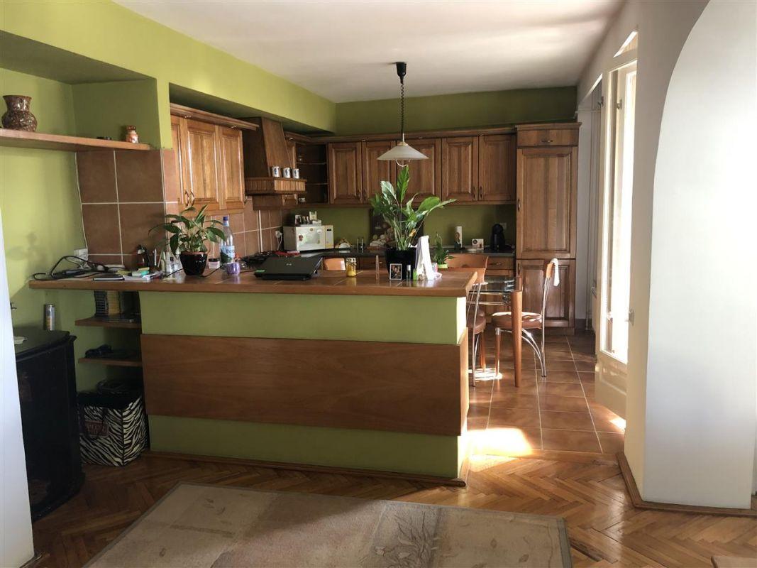 Penthouse de vanzare 3 camere in Printul Turcesc + boxa - ID V5 2