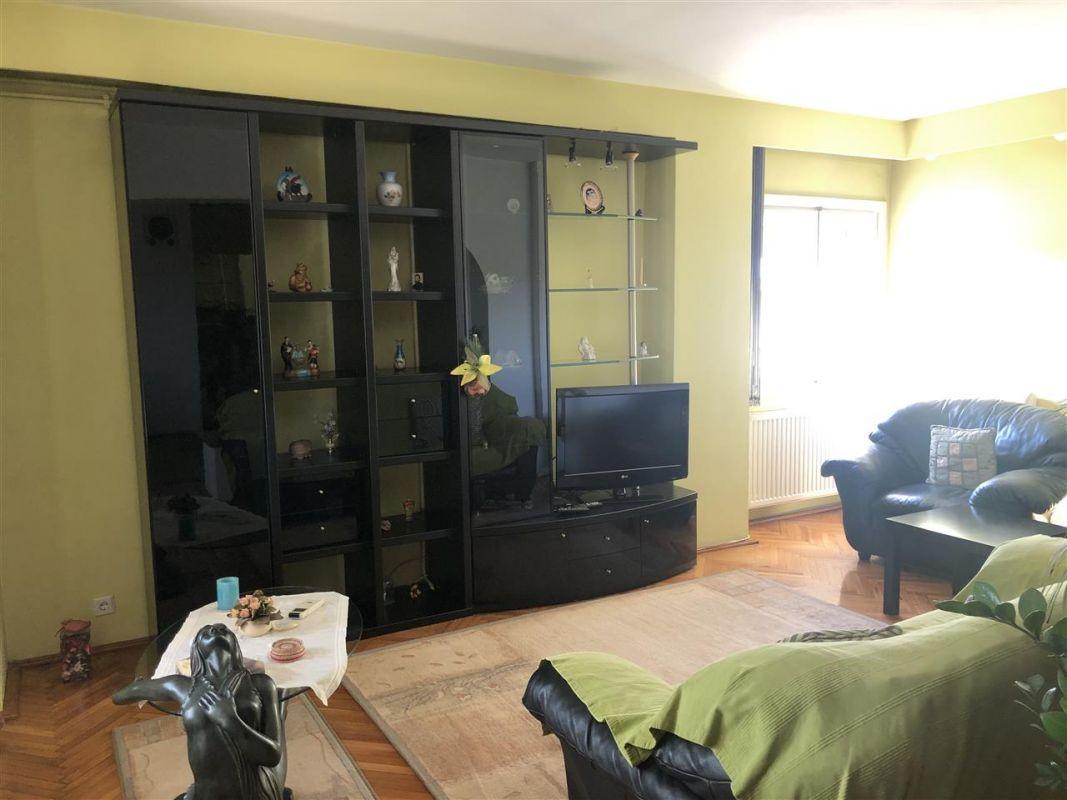 Penthouse de vanzare 3 camere in Printul Turcesc + boxa - ID V5 11