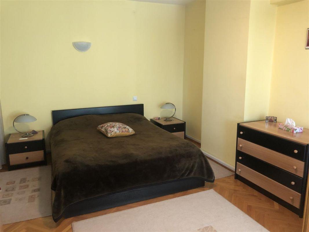Penthouse de vanzare 3 camere in Printul Turcesc + boxa - ID V5 14