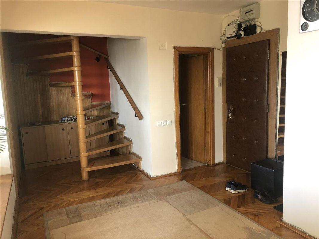 Penthouse de vanzare 3 camere in Printul Turcesc + boxa - ID V5 15