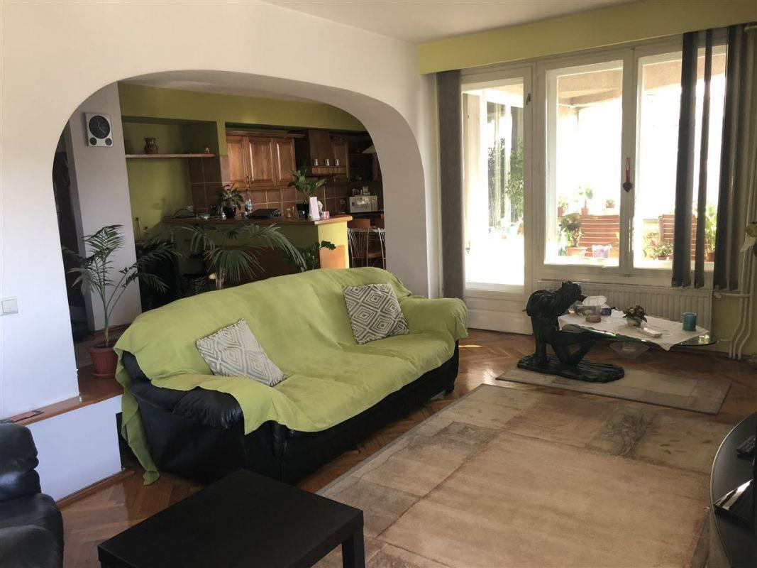 Penthouse de vanzare 3 camere in Printul Turcesc + boxa - ID V5 16