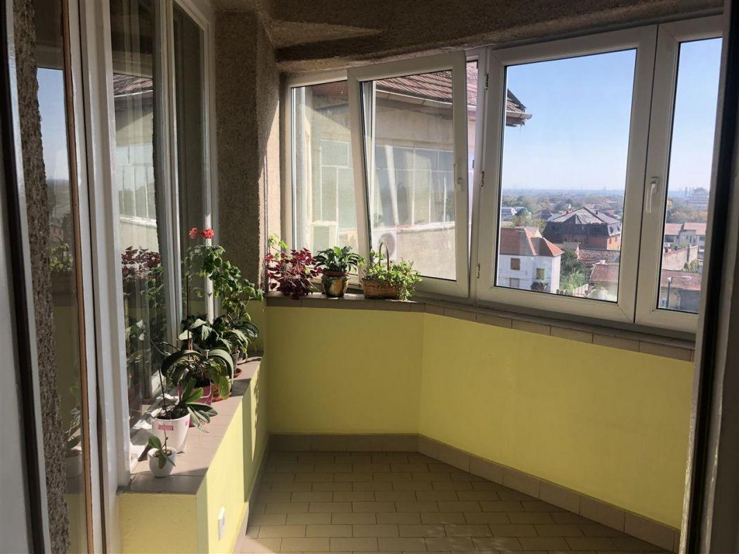Penthouse de vanzare 3 camere in Printul Turcesc + boxa - ID V5 19